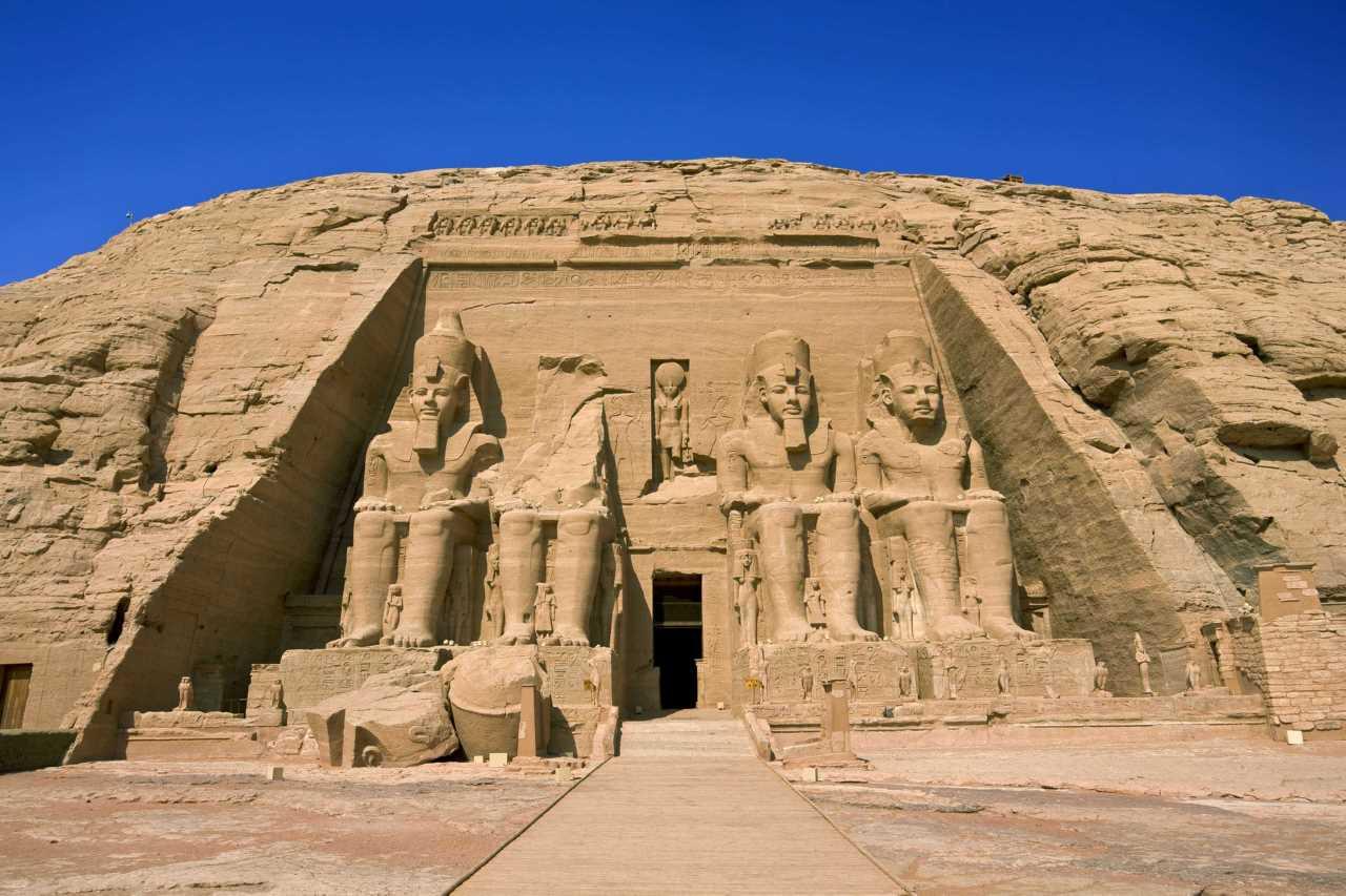 VOYAGE PRIVÉ EN ÉGYPTE AVEC UN GUIDE FRANCOPHONE EGYPTOLOGUE (MoMo).